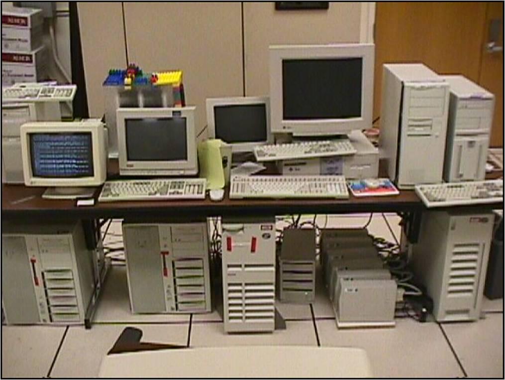 google 1999. Google Servers 1999